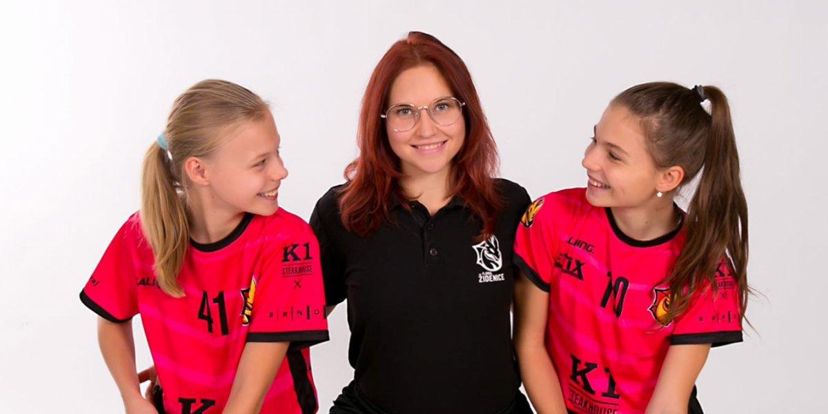 Chci vychovávat nejen výborné hráčky, ale také poctivé, férové a slušné osobnosti, říká v obsáhlém rozhovoru trenérka Monika Chromá